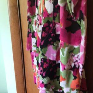 Dress Barn Tops - Cute summer top. Dress Barn 1x